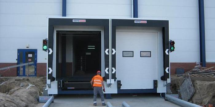 Ciepły dok dla zwiększenia właściwości termoizolacyjnych obiektu